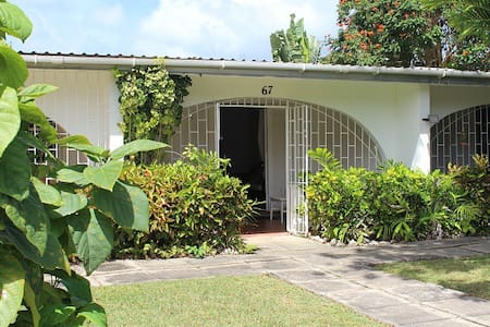 Perfect for couples, cosy 1 bedroom in Holetown - Holetown - Apartamento