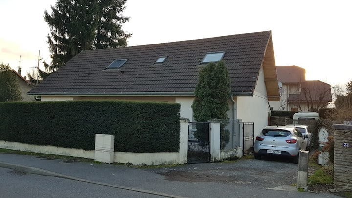 Maison familiale au centre de Ferney-Voltaire