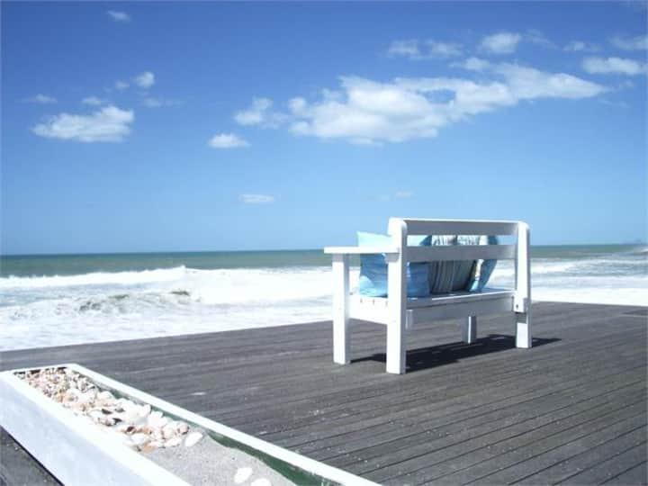 Pukehina Beach House
