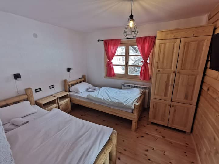 Twin room, Bijeli Potok