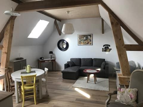 Charming private apartment in farmhouse