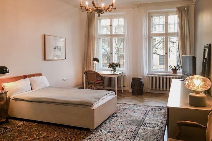 really nice, bright room in the heart of Kreuzberg
