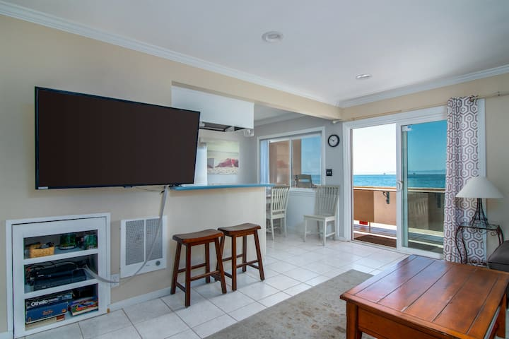 Sanitized Carp Shores 209 It Can't Get Any Better Oceanfront 2 BR Condo