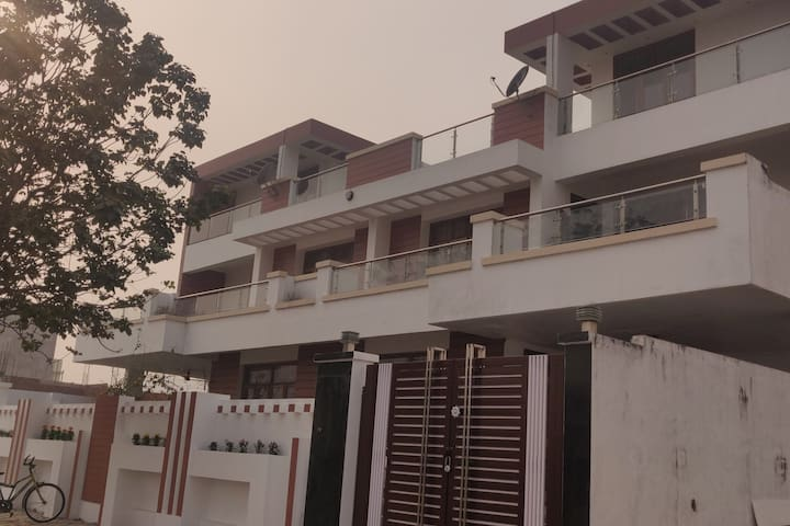 Independent Villa with party Hall