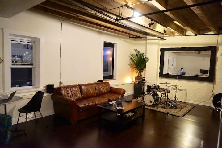 Immaculate Apartment in Secret Warehouse
