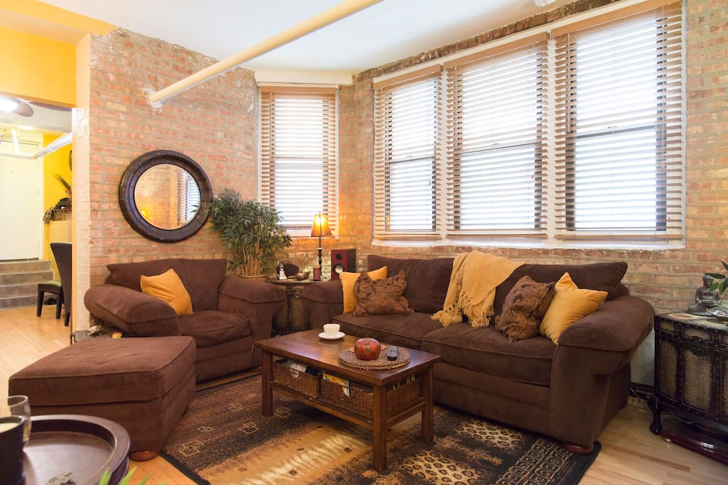 Sink into a big mushy couch with a cup of tea and erase the day.  The whole apartment is at your disposal!