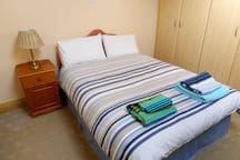 """Rosarie""Ballinasloe home away from home Bedroom 3"