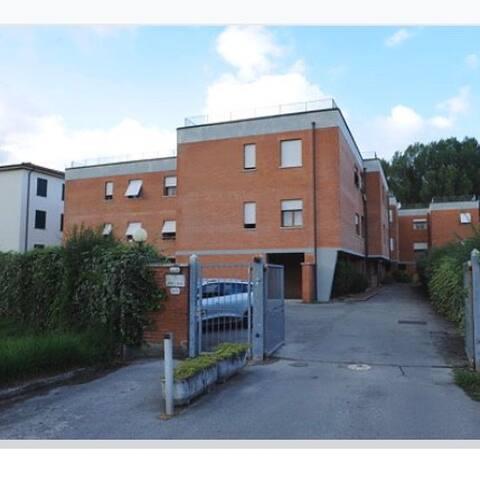 Intero appartamento a Lucca ad 1 km Dal Centro
