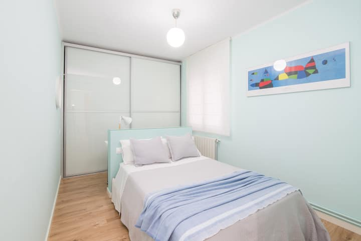 Double room in comfortable apartment