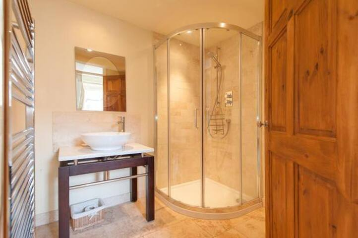 Downstairs bathroom and power shower