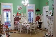 Wild West Room, Historic Strawberry House