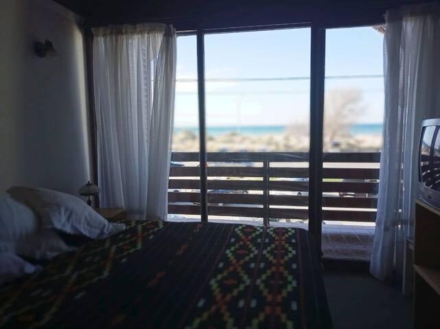 Vista al mar, comodidad y ubicación ideal.