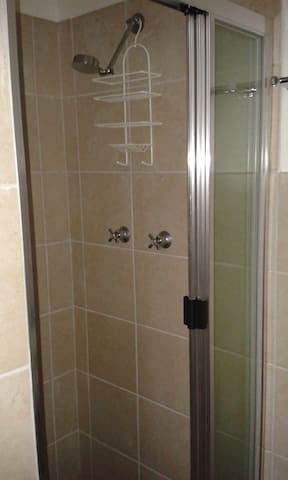 Private granny flat for short stay