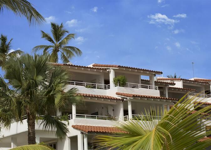 Royal Glitter Bay Villas (Two bedroom)