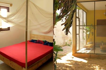 Au Keur des Mamelles - SUBA - Dakar - Vila