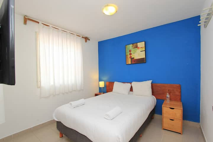 Dulce Luna hotel room low rates one bed