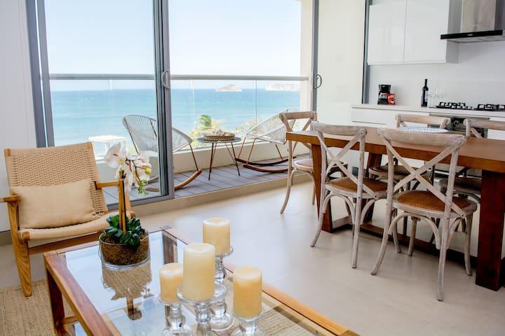 Lovely charming beach apartment