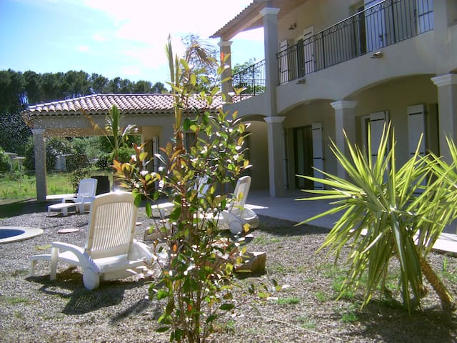 5 bed 5 bath New Villa 8000 sqm - Salernes - Villa