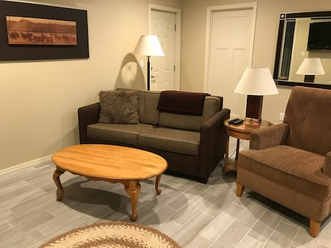 Private 2 Bedroom on Gated Estate