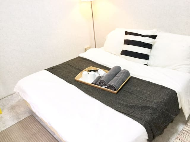 Lovely Studio Apt w Elevator, 5 min to Ximen MRT