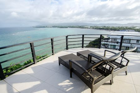50%- Off Large 3 Bedroom Ocean View apt.#12 - Malay