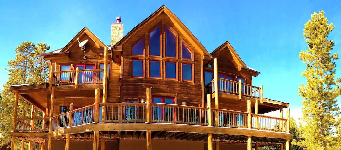 Lakeside Lodge-Luxury Home on Sun Valley Lake