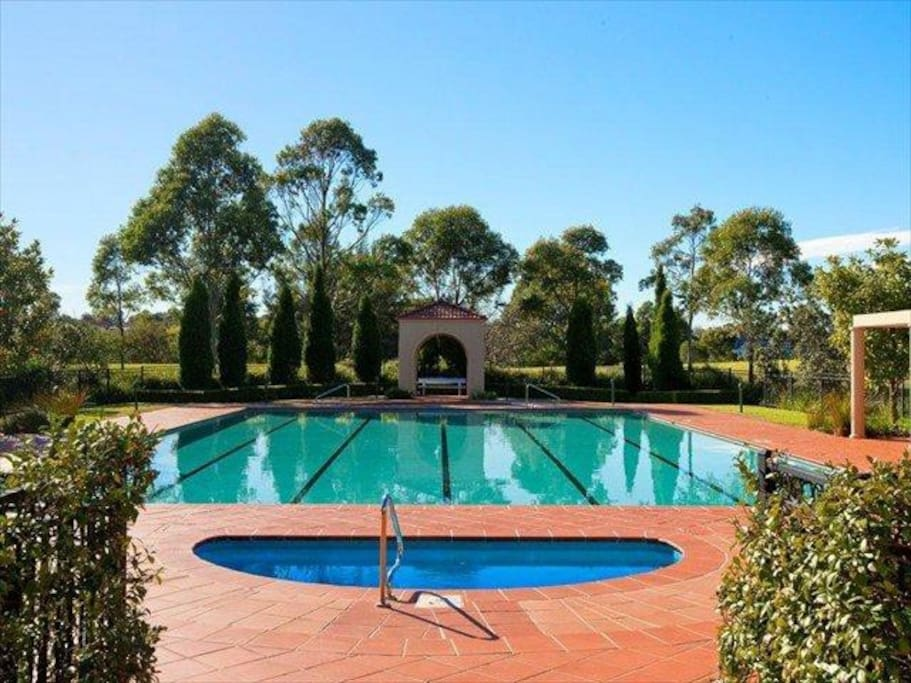 Resort Style Apartment Apartments For Rent In Huntleys Cove New South Wales Australia