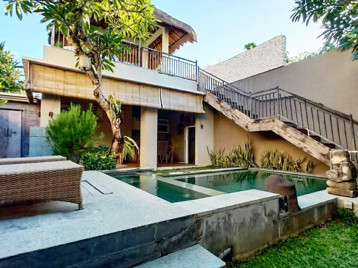 Unique Two bedroom villa in Batubelig Seminyak