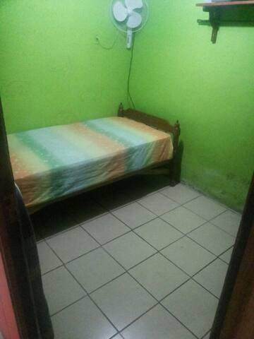 Meet me room
