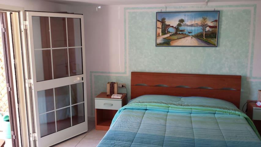 Bilocale a 11 km dal mare - Montescudaio - Apartament