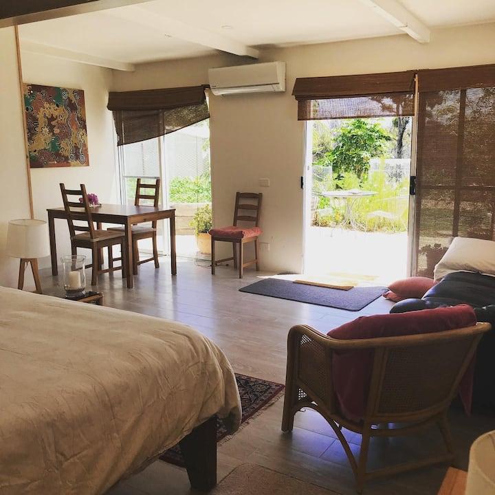 Garden Studio Apartment With Ocean View