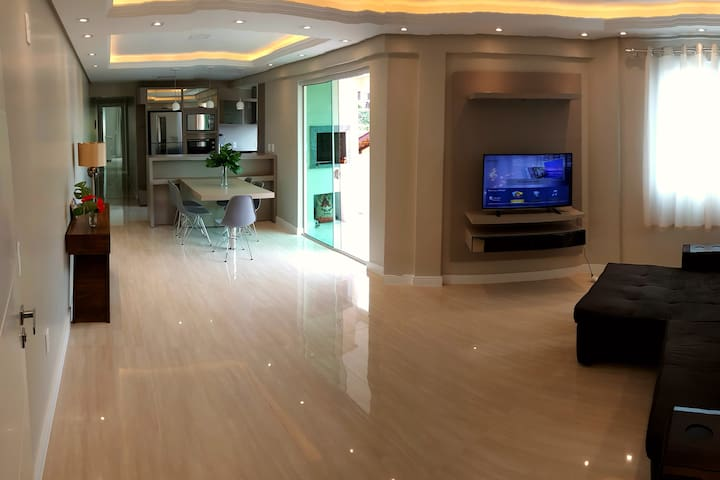 Beautiful modern Apartment-100m from the beach ❤️