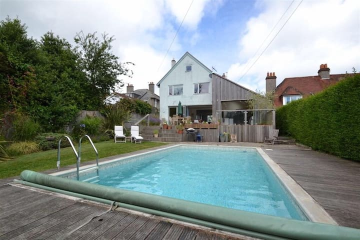 Studland 5 bed sea view,  pool, beach 15min