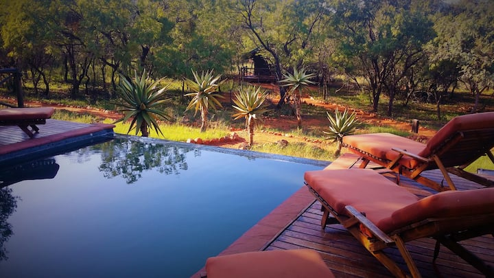 African Elegance Tented Lodge