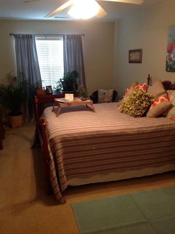 Cozy Masters Room or Business in Augusta - Grovetown - Rumah