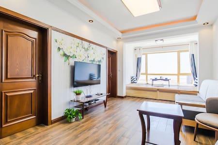 80平二室1厅双空调高层绝对海景房(sea-view room)