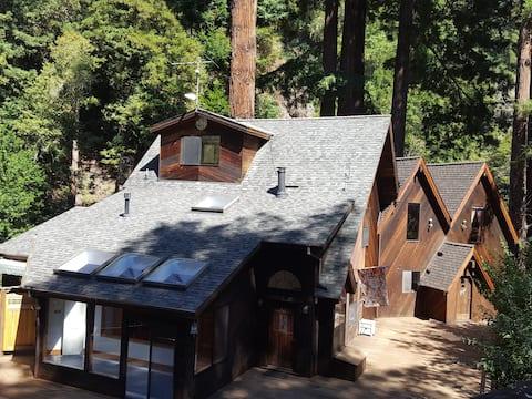 Beautiful retreat in the redwoods @ La Honda