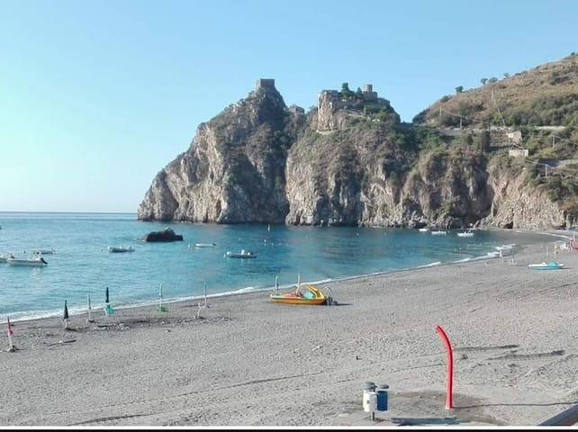 "Holiday house ""BACCHELLI"" in S.Alessio Siculo (ME)"