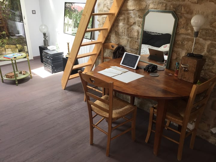 Studio Privatif dans Maison de Village avec Jardin