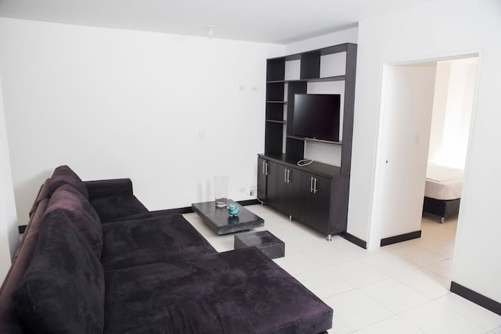 Large and Modern 3 Bedroom flat