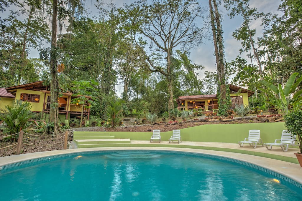 Luxury villa with pool in cocles houses for rent in for Costa rica luxury villa