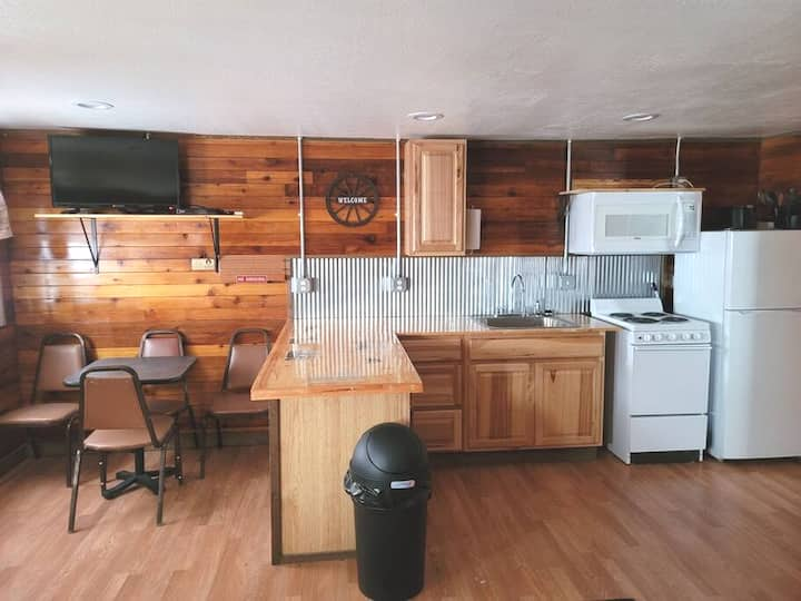🏡 Getaway Cabin Lakeview Suite11🌅FULL kitchen🍳
