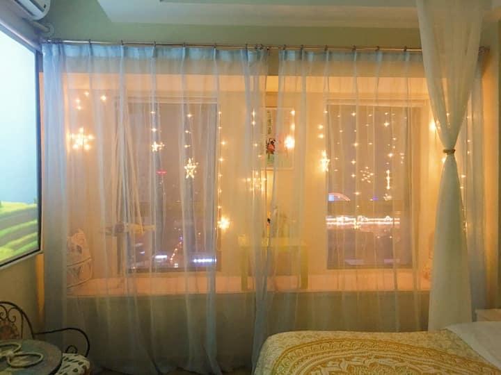 沈阳站~太原街~万达步行街~城开中心~浪漫花园120寸极米投影大床房