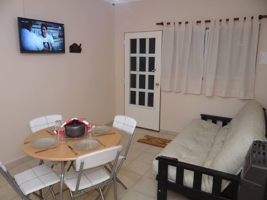 Sofa Cama y TV LCD