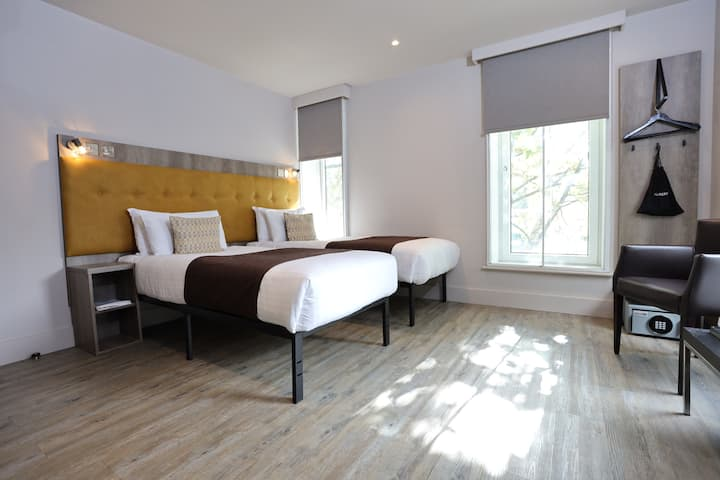 Euston Square Hotel, Standard Twin Room (2TA)