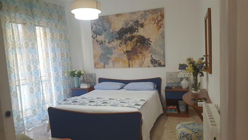 Accogliente camera con veranda - Caltagirone - Flat