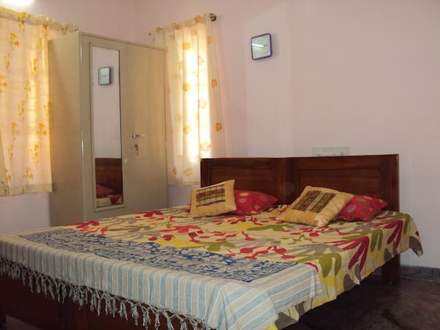 Anugraha  Home for your comfortable stay. - Bengaluru - House