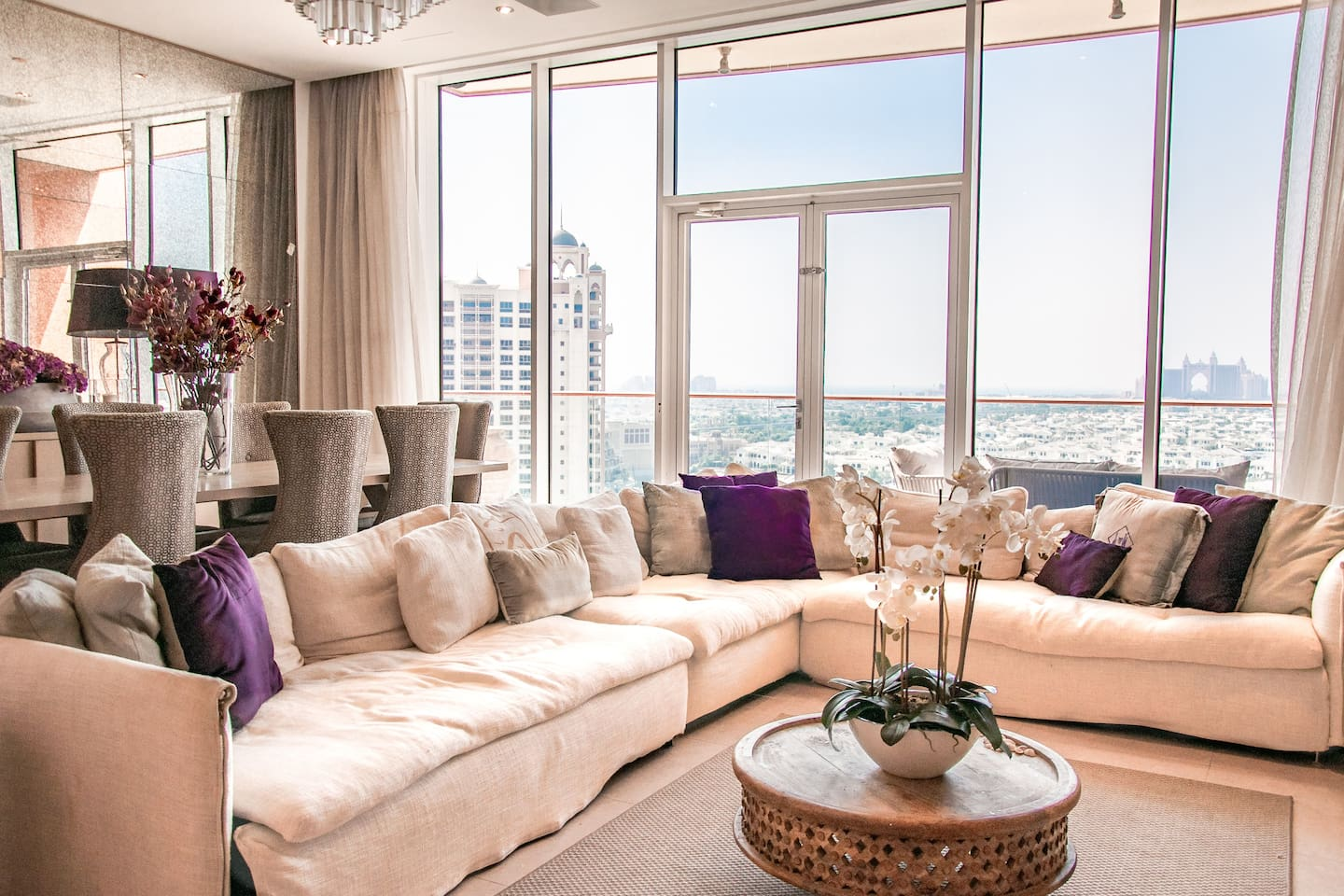 Welcome to my home! Full of luxury upgrades, and personal touches - it is the perfect slice of Dubai life. Located on the Palm Jumeirah, overlooking the sea, Palm Jumeirah Marina, Atlantis and Burj Al Arab. Great for families, or groups of friends.