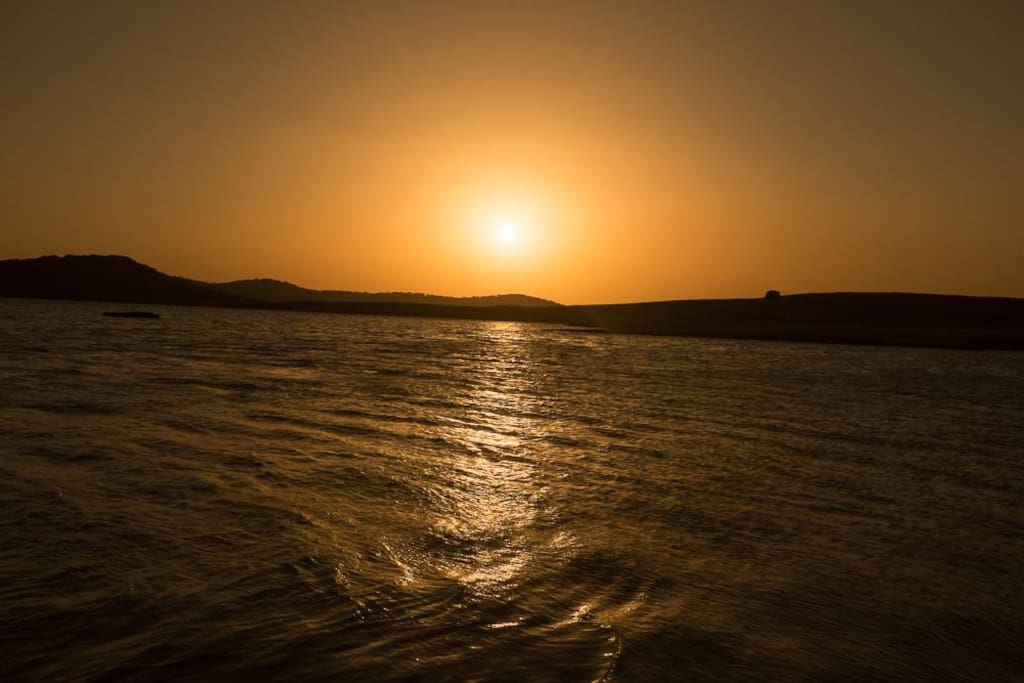 Puesta de sol en Wakana Lake
