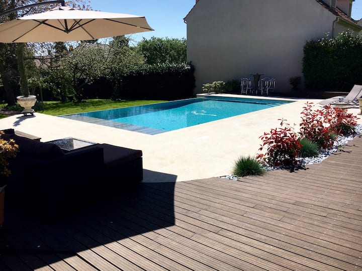 Maison avec piscine privée chauffée Chantilly